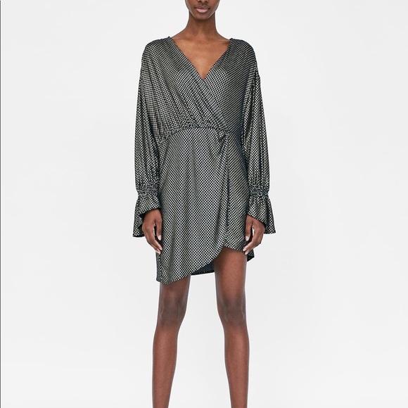 133aba406ff Zara shiny geometric print tunic